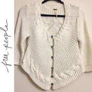 🍁 FP Ivory Gingham Plaid button Sweater